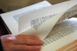 Pages turning Bible